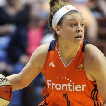 Connecticut Sun's Rachel Banham during the first half of a WNBA game against the Atlanta Dream on May 26, 2016, in Uncasville, Conn. (AP Photo/Jessica Hill)